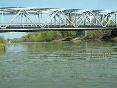 Řeka Odra v Bohumíně.