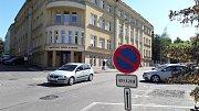 Uzavírka v ulici K. Sliwky a Poštovní v centru Karviné kvůli rekonstrukci.