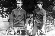 Rok 1972, vlevo juniorský reprezentant Zbyněk Kozák a vedle něj dorostenecký reprezentant Břetislav Ševčík.