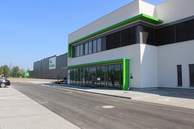 Továrna Mölnlycke v Havířově-Dolní Suché.
