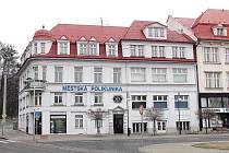 Jedním z městských domů, které v okrese shánějí nájemníky jen těžce, je například poliklinika v Orlové.