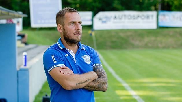Fotbalisté Havířova v 11. kole divize remizovali doma s Bruntálem 1:1. Celý zápas odehrál trenér Miroslav Matušovič.