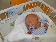 Jáchym Bezruč se narodil 3. ledna paní Kláře Bezručové z Ostravy. Porodní váha chlapečka byla 3640 g a míra 50 cm.