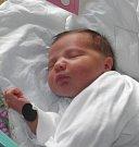 Emma se narodila 6. července mamince Dominice Sarkové z Karviné. Po narození holčička vážila 3190 g a měřila 48 cm.
