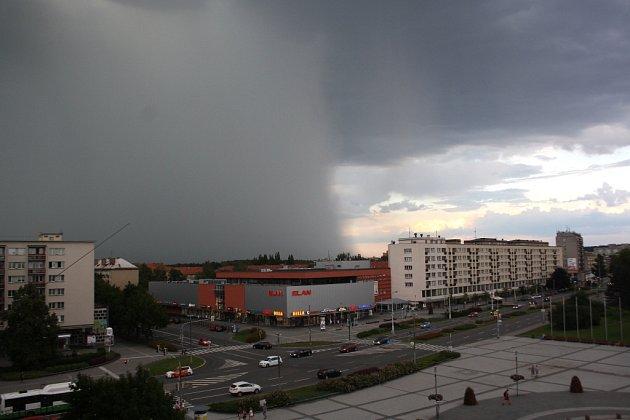 Přichod bouřky nad Havířov.