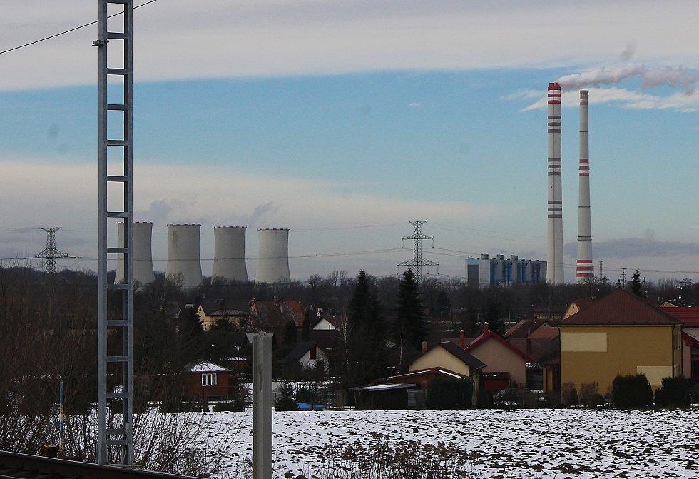 Pohled na elektrárnu v Dětmarovicíh.