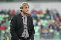 Fotbalový trenér Jozef Weber je po třech a půl letech zpět na lavičce Karviné. V neděli 4. dubna 2021 ho čeká obnovená premiéra. Slezané hrají ve Zlíně.