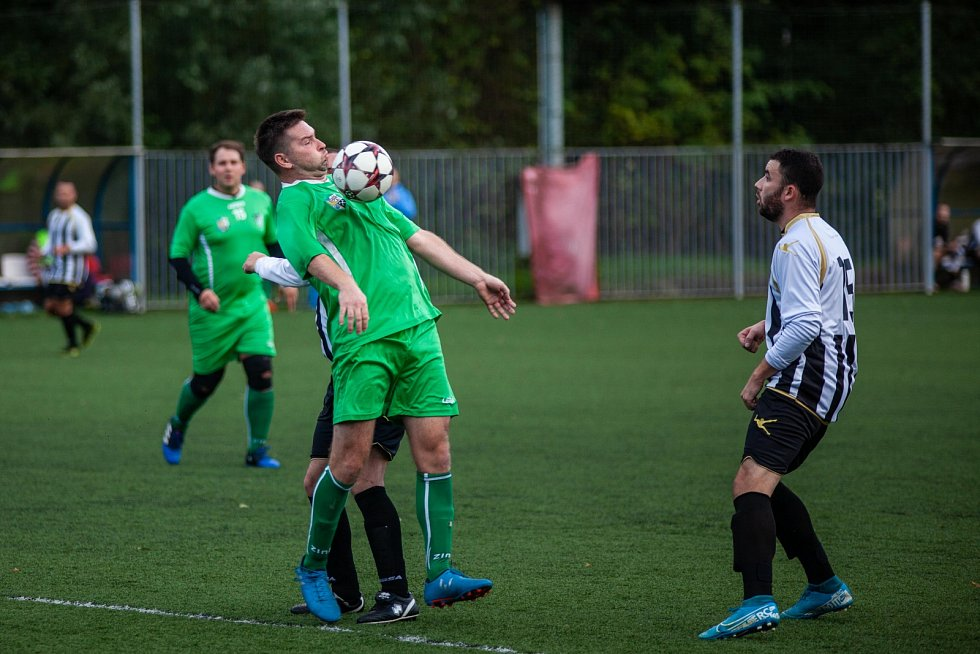 Jarmil Kopel (v zeleném) obléká momentálně dres Fučíku.