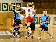 Házenkářky Sokola odehrály sezonu, ve které ani jednou nevyhrály.