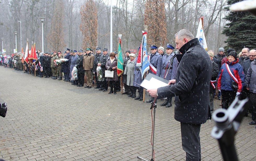 Vzpomínkový akt na  24 popravených občanů Těšínského Slezska z 20. března 1942.