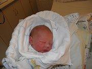 Matyášek Sikora se narodil 2. ledna mamince Kateřině Piszczkové z Bohumína. Po porodu dítě vážilo 3670 g a měřilo 51 cm.