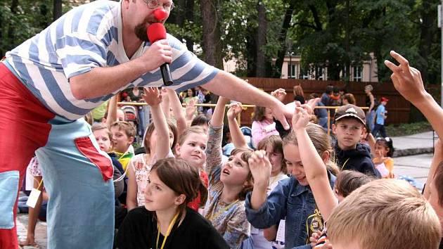Bohumínské děti byly programem a soutěžemi nadšené.