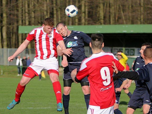 Přestřelku svedli v dalším kole krajského přeboru fotbalisté Orlové. V Polance ale neukořistili žádný bod.