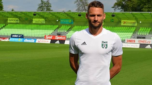 Kapitán Karviné Pavel Eismann pokračuje.