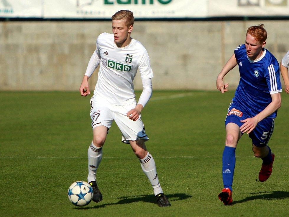 O Filipa Panáka (v bílém) je zájem z ligových klubů.