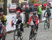 Cyklistky čeká pět etap.