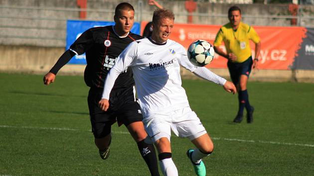 Se skóre nepohnul ani exligový Tomáš Mičola.