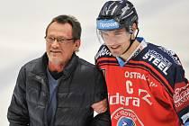 Miroslav Fryčer před dvěma a půl lety v Ostravě. Vpravo tehdejší kapitán Vítkovic Rostislav Olesz.