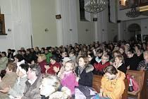 Obohacením havířovského předvánočního kulturního života byl sobotní koncert duchovní hudby ve zcela zaplněném kostele svaté Anny.