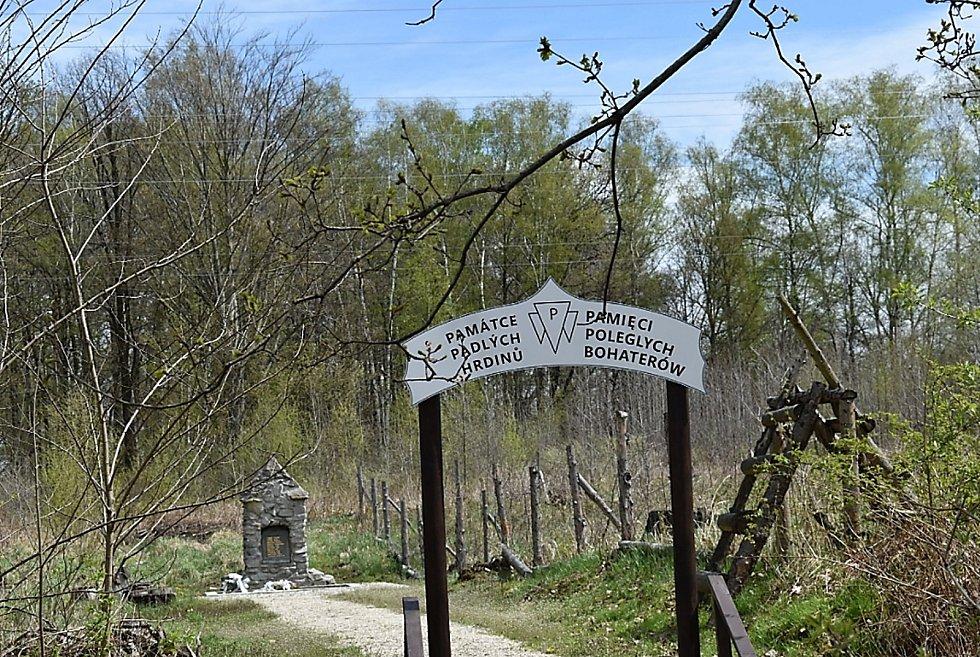 Pomník památce padlých hrdinů.