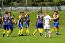 Fotbalisté Bohumína se v Karviné radovali z výhry. V neděli hrají doma a uctí památku obětem tragického sobotního požáru v Bohumíně.