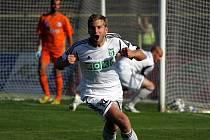 Jan Svatonský se těší ze svého gólu do sítě Ústí.