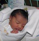 Martínek se narodil 20. září paní Maryaně Schmeiser z Petřvaldu. Po porodu miminko vážilo 3320 g a měřilo 48 cm.