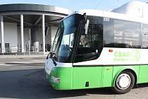 Jeden z autobusů MHD v Havířově s pohonem na zemní plyn.