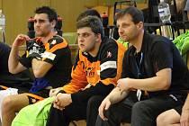 Brankář Tabara (uprostřed) by měl být pro tým MHK velkou oporou v nové sezoně.