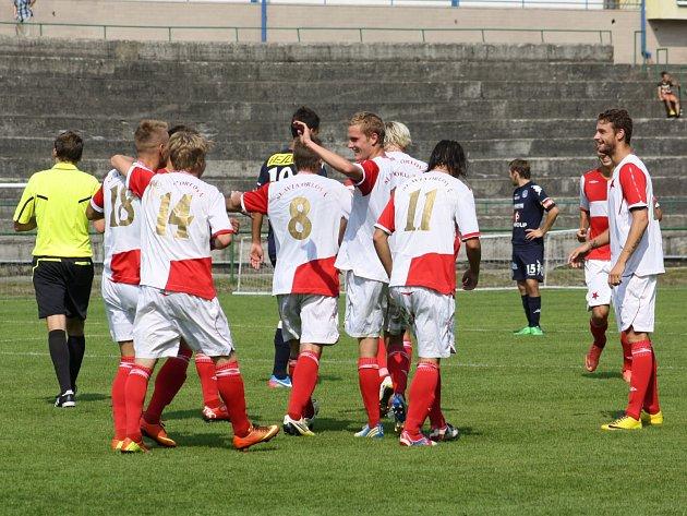 Orlovští fotbalisté zvládli duel o šest bodů.