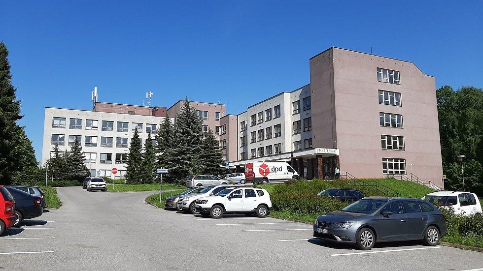 Karviná-Mizerov. Poliklinika.