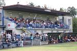 Fotbalové derby mezi Dětmarovicemi (v modrém) a Orlovou vyhráli domácí.