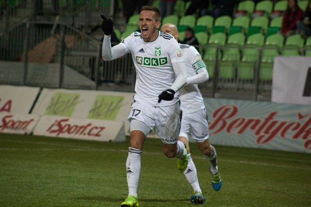 Dávid Guba dal vítězný gól na 2:1.