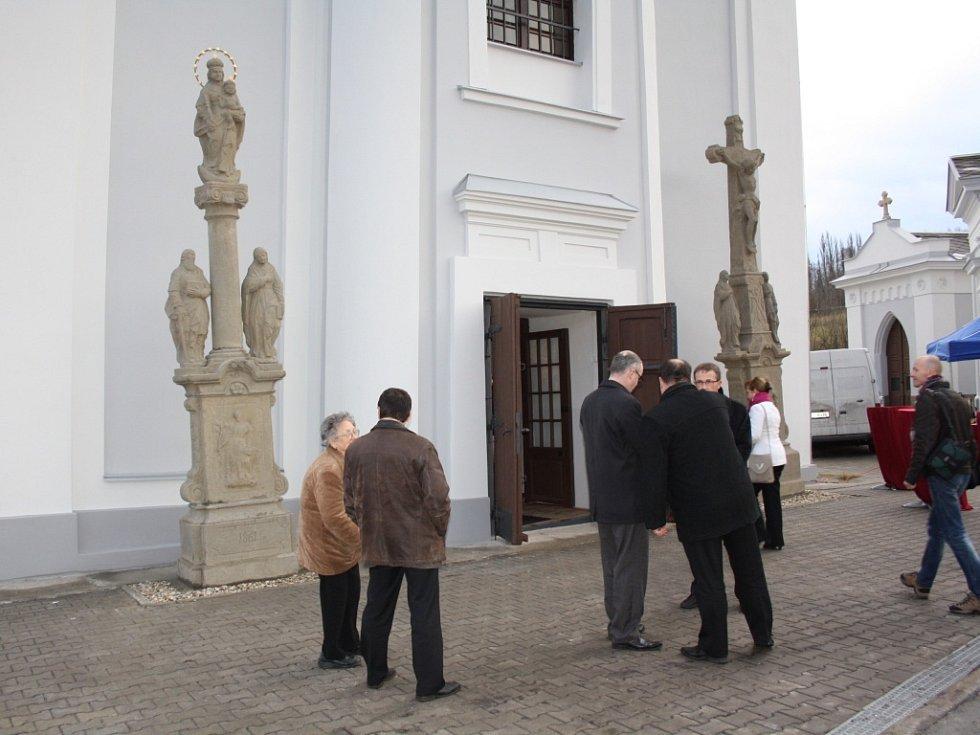 Kostel sv. Petra z Alkantary v Karviné po rekonstrukci.