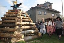 Tradiční pálení čarodějnic v Horních Bludovicích.
