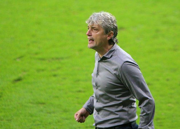 Trenér MFK Jozef Weber věří, že jeho tým proti mistrovi uspěje.