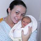 Eliška Polášková se narodila 18. října mamince Zuzaně Tomanové z Karviné. Po porodu holčička vážila 2800 g a měřila 46 cm.