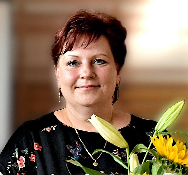 Petřvald. Ředitelka Základní školy a ZUŠ Petřvald Zdeňka Kozlovská.