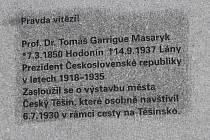 Vznik nového státu provázely na Těšínsku boje  Toto území si nárokovali Němci, Poláci. Zasáhnout musely československé armádní jednotky.