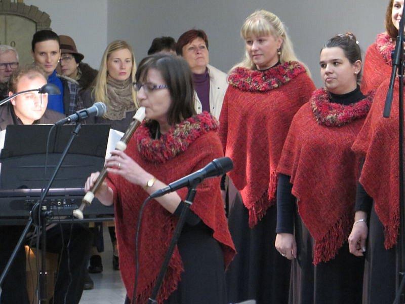 Duchovní hudba ovládla v sobotu v podvečer zcela zaplněný kostel sv. Anny v Havířově.