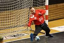 Házenkáři Karviné vedou po sobotě 2:1 na zápasy. V sedmičkovém rozstřelu zazářil Nemanja Marjanović.