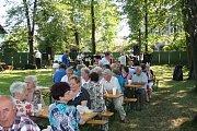 V neděli se v kapli sv. Anny konala mše a po ní v blízké zahradě Domu PZKO Anenská pouť.