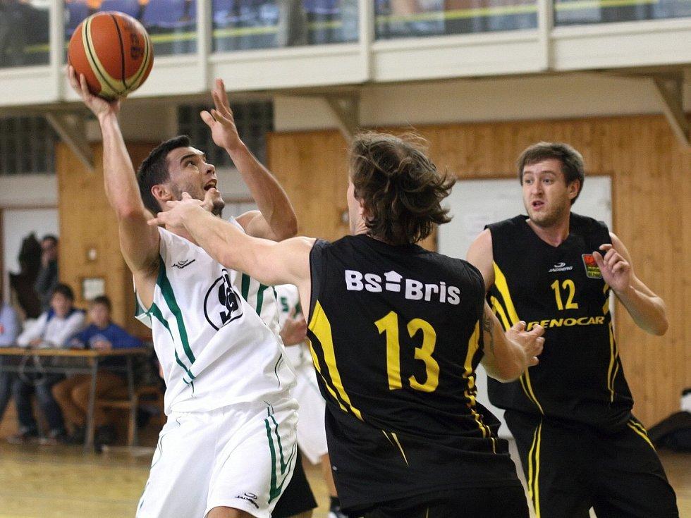 Basketbalisté mají za sebou vítězné duely.