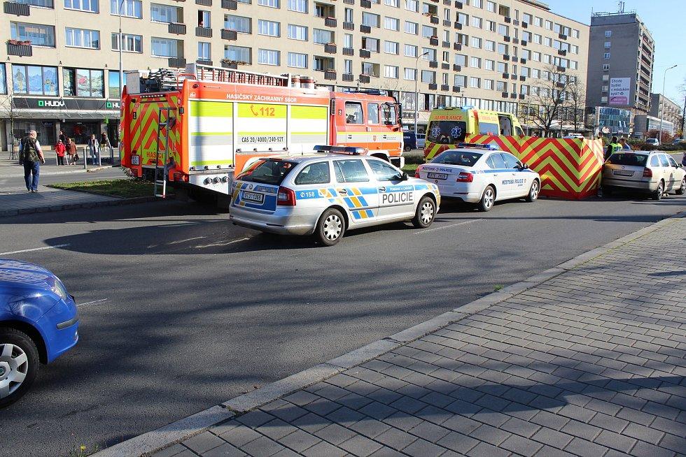 Tragická srážka ženy s osobním autem na Dlouhé třídě v centru Havířova.