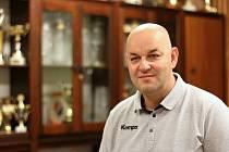 Roman Mucha končí jako předseda karvinského házenkářského klubu.