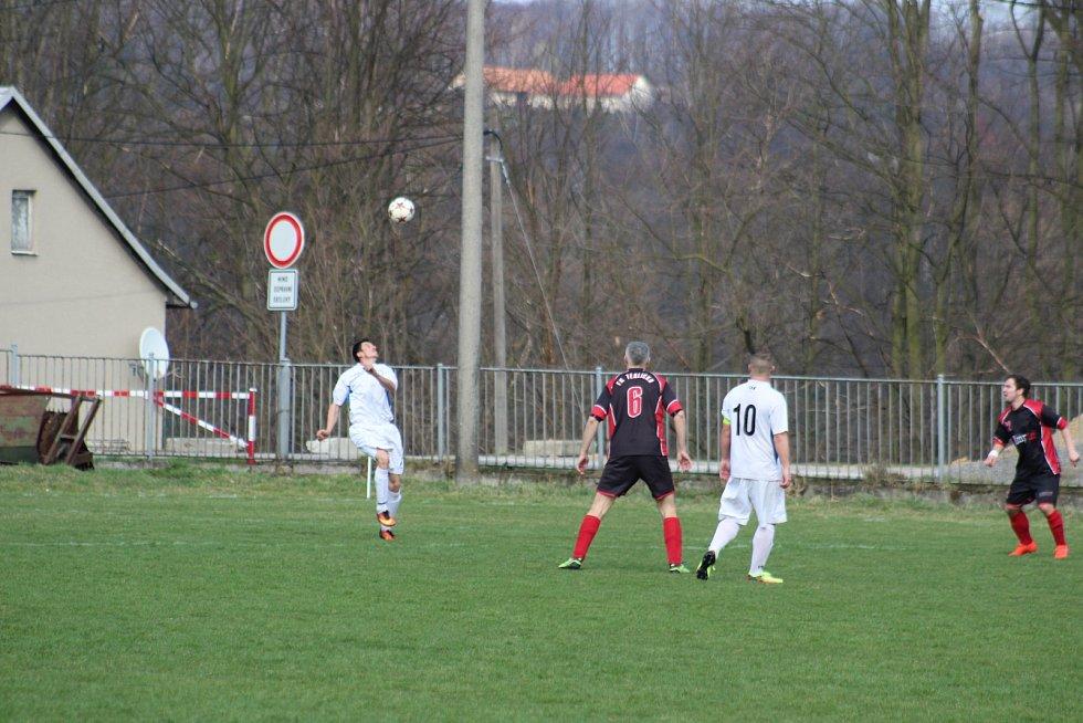 Derby mezi Těrlickem a Slovanem Havířov nabídlo zajímavý fotbal a osm branek.