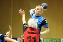 Diana Poláchová ve druhé lize soupeřky převyšuje, v interlize se ale má ještě stále co učit.