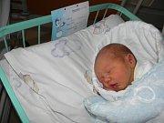Samuel Kratochvíl se narodil 25. prosince mamince Monice Sihlovcové z Českého Těšína. Po narození miminko vážilo 3580 g a měřilo 51 cm.