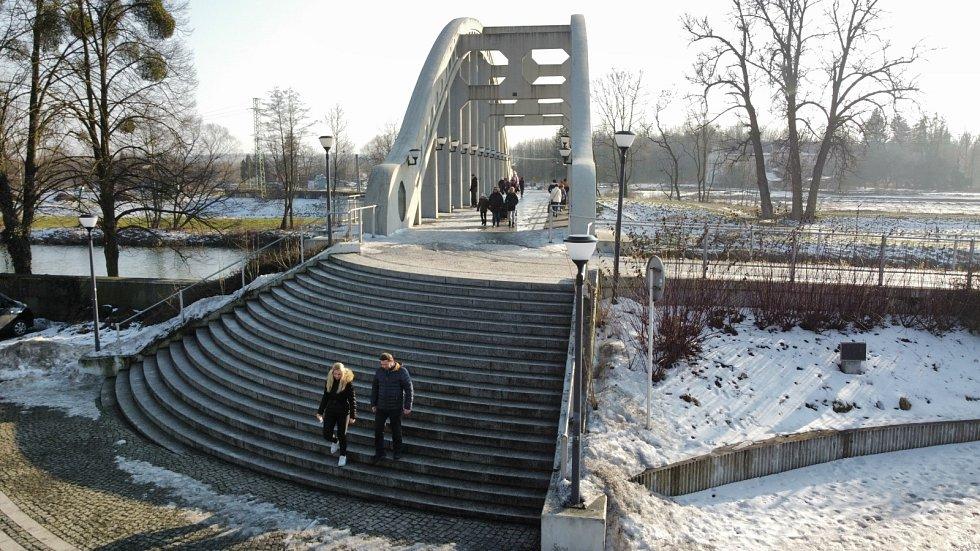 Most Sokolovských hrdinů v Darkově.