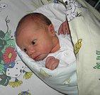 Paní Lucii Zuzčákové z Rychvaldu se 26. prosince narodila dcerka Julie. Po narození holčička vážila 2950 g a měřila 47 cm.
